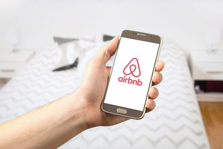 How to manage the growth of Airbnb effectively